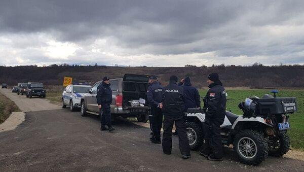 Полиција на терену - Sputnik Србија