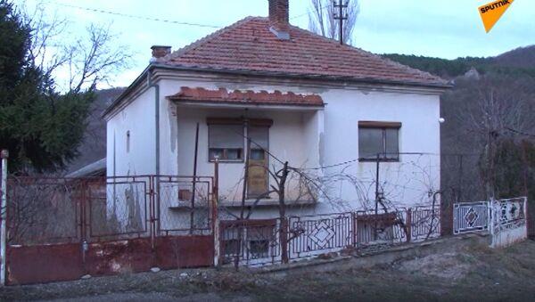 Село Орашац: Кућа у којој се крио отмичар мале Монике - Sputnik Србија