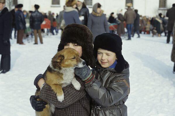 Становници града Каргопола током распуста, 1987. - Sputnik Србија