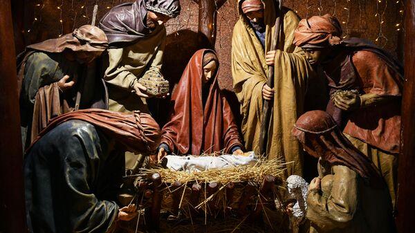 Scena rađanja sina Božjeg u Petro-Pavlovskom saboru u Simferopolju - Sputnik Srbija