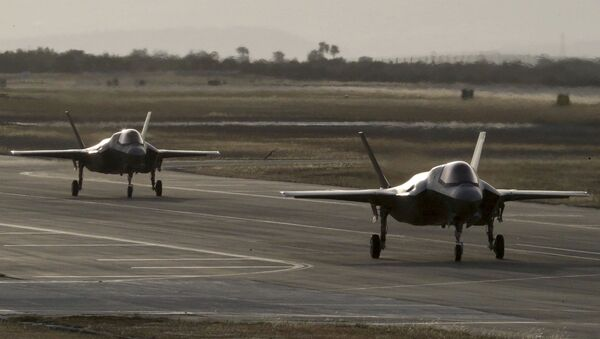 Британски војни авиони Ф-35Б слећу на војну базу на Кипру - Sputnik Србија