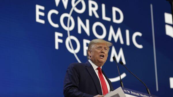 Predsednik SAD Donald Tramp govori na ekonomskom forumu u Davosu - Sputnik Srbija