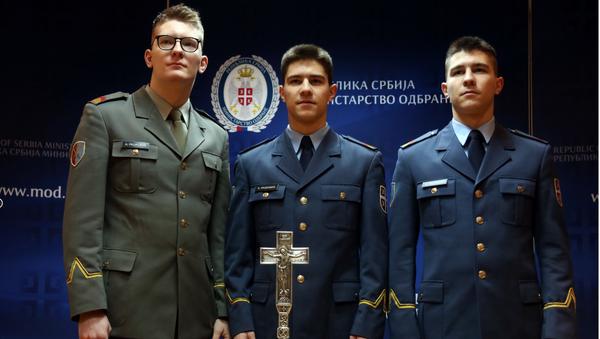 Алекса, Ђорђе и Никола Рацковић  - Sputnik Србија