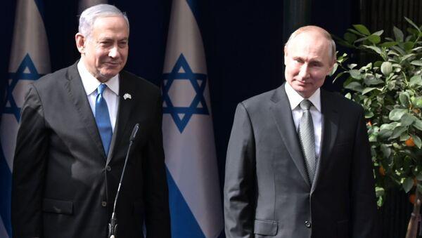Predsednik Rusije Vladimir Putin i izraelski premijer Benjamin Netanijahu - Sputnik Srbija