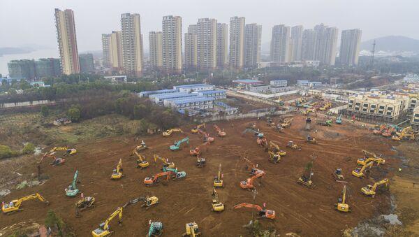 У Кини се предузимају опсежне мере за заштиту од новог вируса, граде се нове болнице - Sputnik Србија