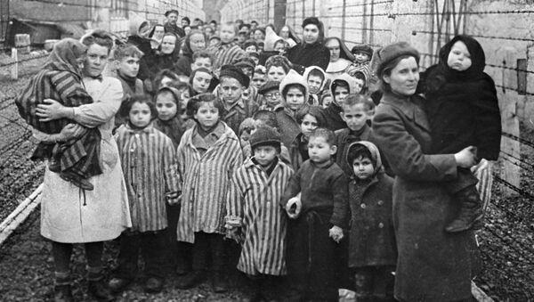 Oslobađanje zarobljenika iz koncentracionog logora Aušvic u Poljskoj - Sputnik Srbija