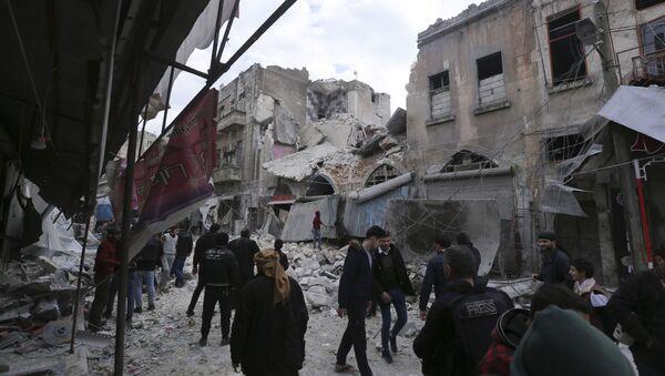 Uništene zgrade u sirijskoj provinciji Idlib - Sputnik Srbija