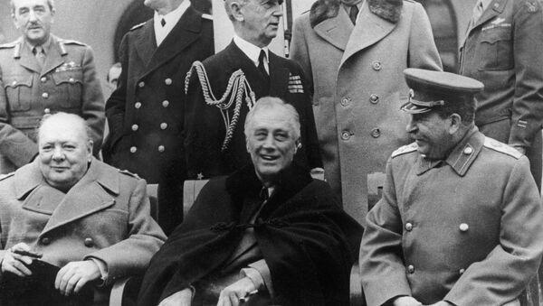 Konferencija na Jalti - Vinston Čerčil, Frenklin Ruzvlet i Josif Staljin - Sputnik Srbija