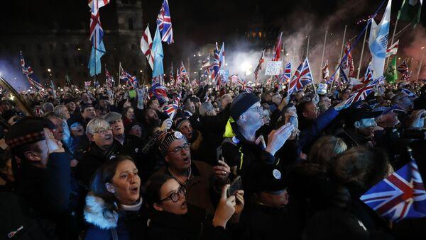 Slavlje na ulicama Londona zbog bregzita - Sputnik Srbija