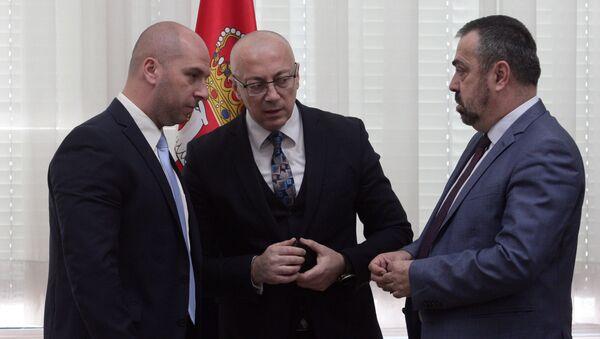 Slavko Simić, lider Srpske liste Goran Rakić i Srđan Vulović - Sputnik Srbija