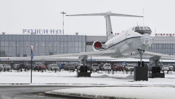 Аеродром у Тјуменској области на који су слетели држављани Русије евакуисани из кинеског Вухана због епидемије коронавируса - Sputnik Србија