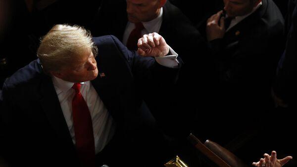 Američki predsednik Donald Tramp nakon obraćanja Kongresu u Vašingtonu - Sputnik Srbija
