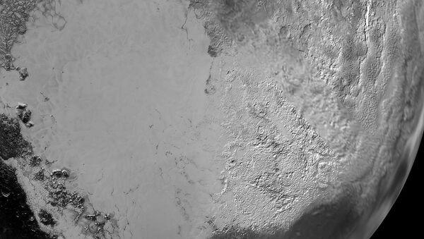 Snimak Plutonovog reljefa - Sputnik Srbija