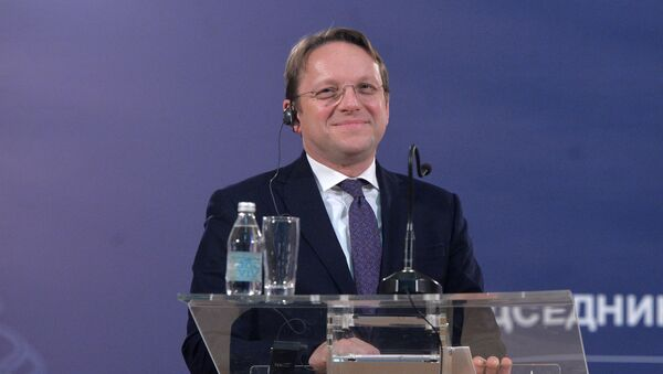 Европски комесар за проширење Оливер Вархељи  - Sputnik Србија