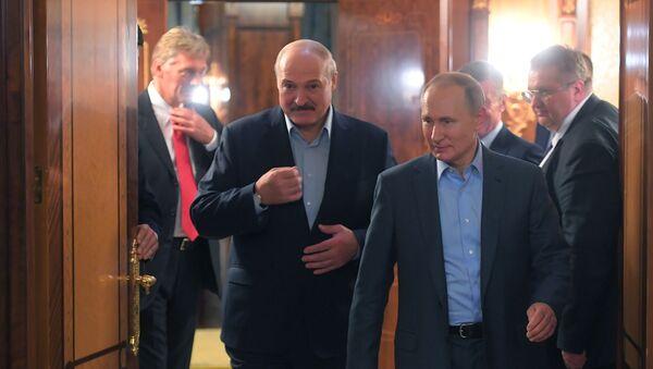 Vladimir Putin i Aleksandar Lukašenko - Sputnik Srbija
