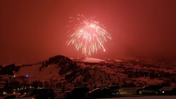 Vatromet iznad skijališta u Koloradu - Sputnik Srbija