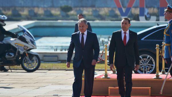Ministar odbrane Aleksandar Vulin i ruski general armije Sergeja Šojgua // - Sputnik Srbija