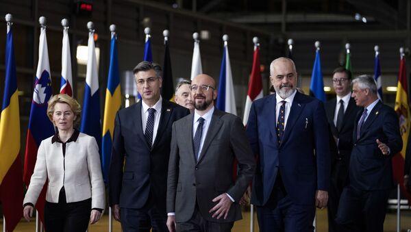 Zvaničnici EU sa liderima Zapadnog Balkana - Sputnik Srbija