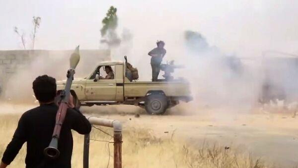 Припадници Либијске националне армије Халифе Хафтара на путу за Триполи - Sputnik Србија