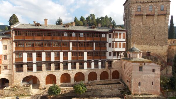 У Белом конаку данас живе монаси - Sputnik Србија