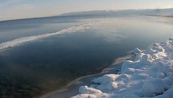 Zaleđeno Bajkalsko jezero - Sputnik Srbija
