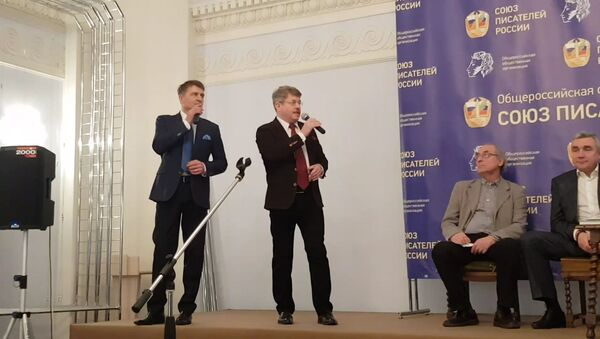 Solista i kompozitor Nikolaj Romanov i čuveni glumac, scenarista i režiser Igor Černicki - Sputnik Srbija