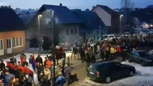 Durmitorci na konjima predvode litiju - Sputnik Srbija