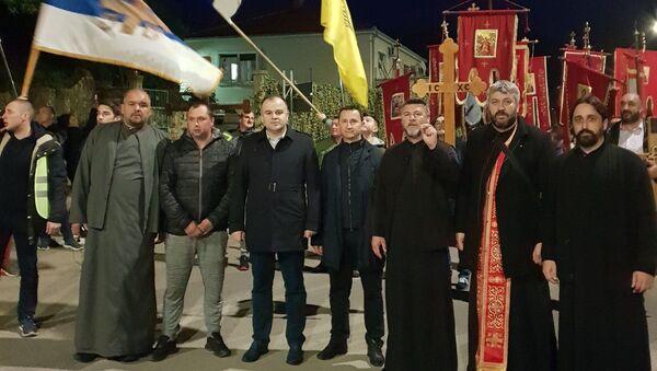 Gradonačelnici Trebinja i Herceg Novog, Mirko Đačić i Stevan Katić sa sveštenstvom na litiji u Herceg Novom - Sputnik Srbija