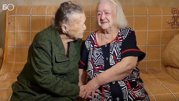 Састале се сестре које су раздвојене за време Стаљинградске битке  - Sputnik Србија