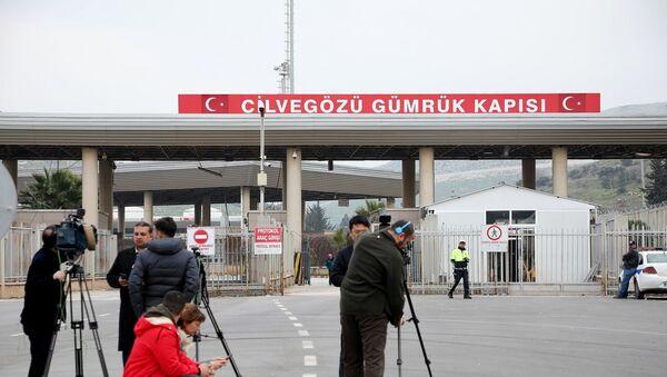Kontrolni punkt Džilvegozju na tursko-sirijskoj granici - Sputnik Srbija