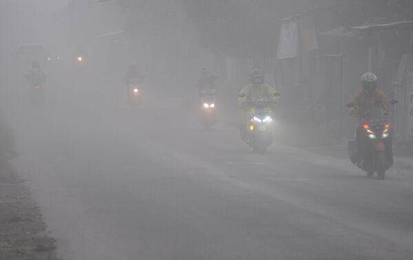 Вулкански пепео који се проширио на места око вулкана  Мерапи и Индонезији - Sputnik Србија