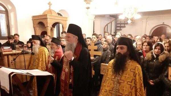 Епископ будимљанско-никшићки Јоаникије са свештенством служио је молебни канон Пресветој Богородици у Пљевљима - Sputnik Србија