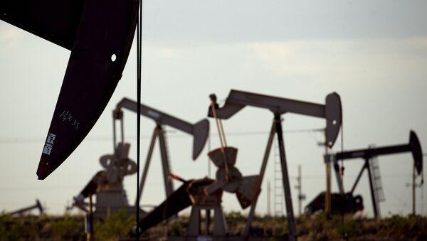 Pumpe na naftnom polju u Lovingtonu u Nju Meksiku - Sputnik Srbija