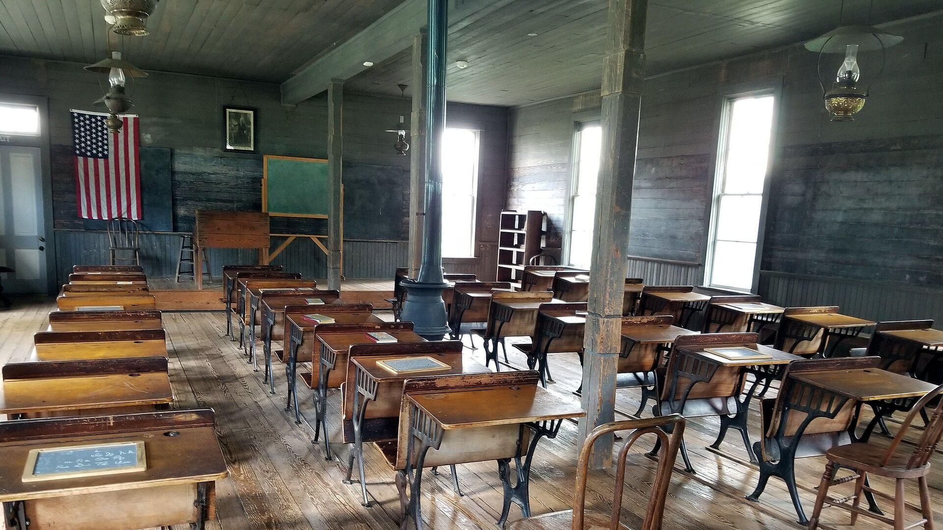 Prazna učionica u školi u Americi - Sputnik Srbija, 1920, 11.08.2021