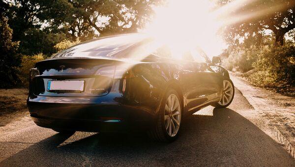 Tesla električni automobil - Sputnik Srbija