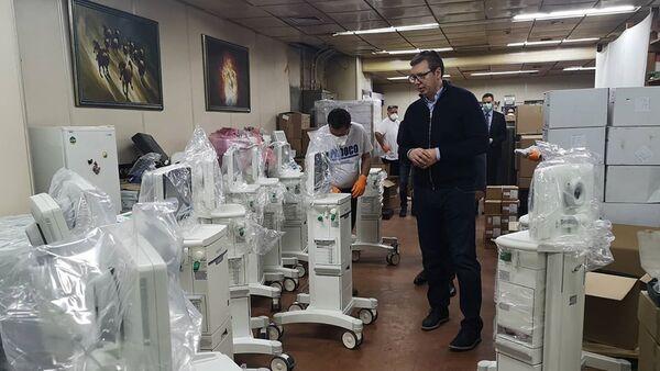 Novi respiratori stigli u Klinički centar Srbije - Sputnik Srbija