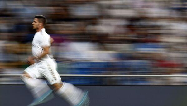 Srpski reprezentativac Luka Jović u dresu Real Madrida - Sputnik Srbija