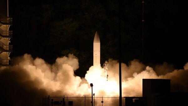 Američka hiperzvučna raketa C-HGB lansiran 19. marta na ostrvu Kuai na Havajima. - Sputnik Srbija