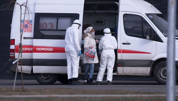 Kola hitne pomoći u Moskvi - Sputnik Srbija