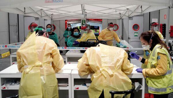 Pacijenti koji dolaze u bolnicu u Madridu - Sputnik Srbija