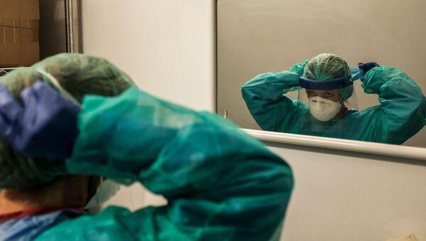 Медицинска сестра у болници Кремона, Италија - Sputnik Србија