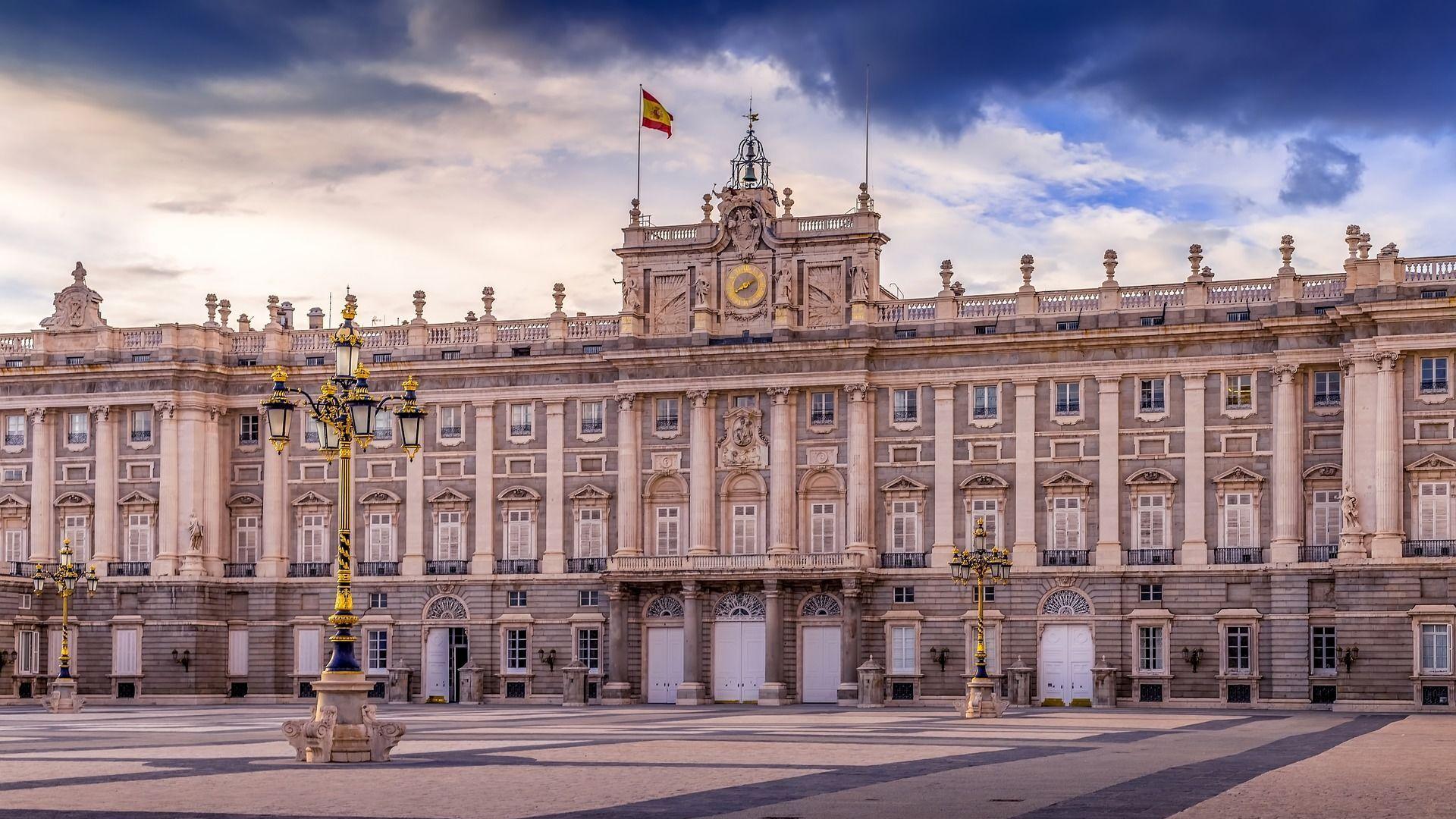 Španska kraljevska palata u Madridu - Sputnik Srbija, 1920, 25.07.2021