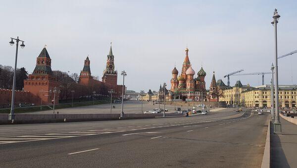 Празна улица Москве - Sputnik Србија