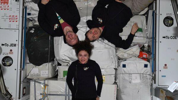 Эkipaž MKS-62: Эndrю Morgan, Oleg Skripočka i Džessika Meir - Sputnik Srbija