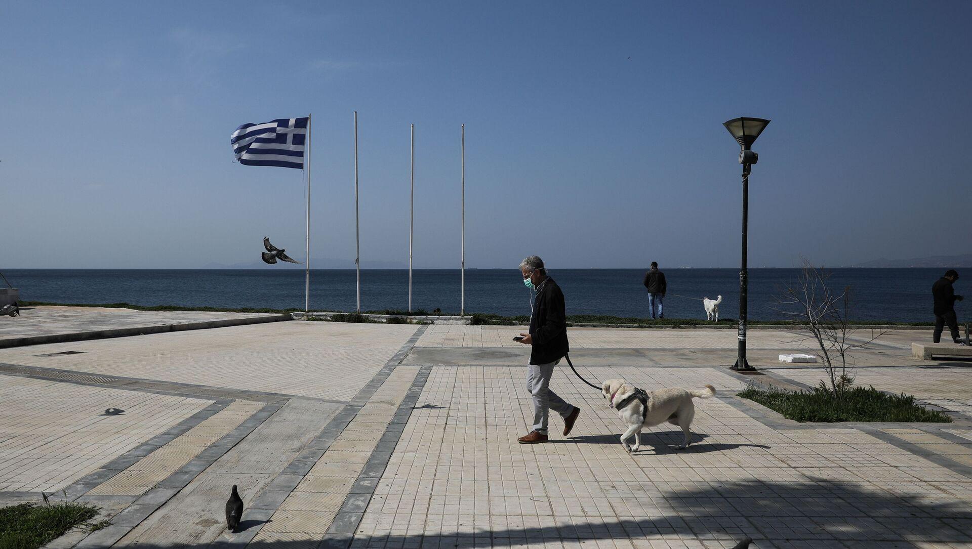 Грчка - Празно шеталише у Атини. - Sputnik Србија, 1920, 27.03.2021