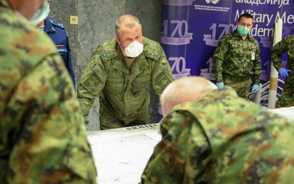 Руски војници на ВМА у помоћи Србији у борби против вируса корона - Sputnik Србија