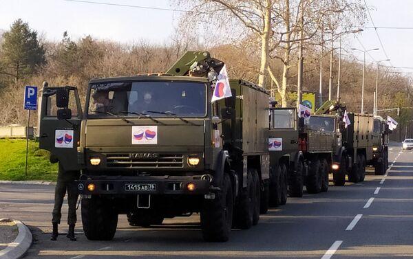 Ruski vojni stručnjaci krenuli u borbu protiv korona virusa u Srbiji - Sputnik Srbija