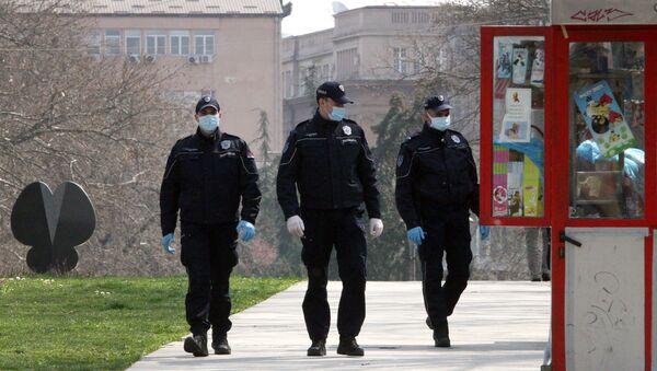 Српска полиција за време полицијског часа - Sputnik Србија