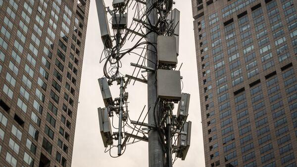 5Г торањ за мобилне комуникације у Пекингу - Sputnik Србија
