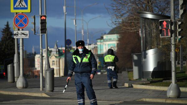 Saobraćajci dežuraju u Moskvi za vreme karantina zbog epidemije virusa korona - Sputnik Srbija